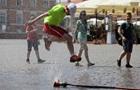 У Польщі відмінили прибутковий податок для молоді
