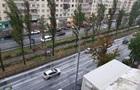 Київ накрила злива з грозою, вулиці залило водою