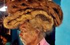 Житель Индии 40 лет не стриг и не мыл волосы