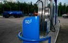 На украинских заправках дешевеет автогаз