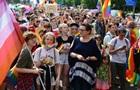 В Польше призвали противостоять  странствующим театрам  гей-прайдов