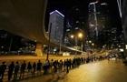Жителі Гонконгу влаштували живий ланцюг на 45 км