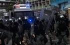 На протестах в Гонконзі поранено 15 поліцейських