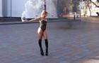 Под мэрией Одессы устроили эротическую фотосессию