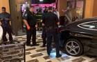 Автомобиль протаранил башню Trump Plaza в США, есть пострадавшие