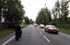 Двоих украинцев задержали за регулирование движения в Чехии