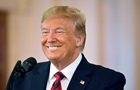 Трамп стал больше общаться с журналистами и писать в Twitter − СМИ