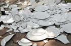 Постояльцям готелю в Туреччині дозволили бити посуд і ламати телевізори
