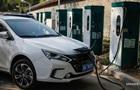 Попит на електромобілі в Україні став рекордним