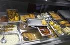 На львовской Фабрике еды отравились восемь человек