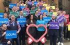 Північна Ірландія легалізувала одностатеві шлюби і аборти