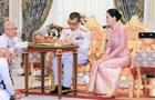 Занадто високі амбіції : король Таїланду позбавив титулів свою дружину