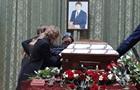 У Києві триває прощання з екс-міністром Кутовим