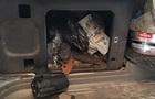 Чоловік намагався вивезти в  ДНР  160 тисяч доларів