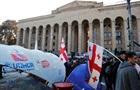 Протести в Тбілісі: протестувальники заблокували будівлю парламенту