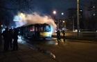 Во Львове на остановке сгорел троллейбус