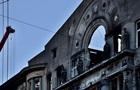 В сгоревшем колледже в Одессе демонтировали аварийную стену