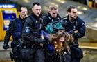 Екоактивістів затримали під час протестів в аеропорту Амстердама