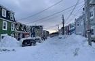 У Канаді випало майже три метри снігу