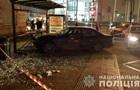 Во Львове водитель без прав въехал в остановку, есть пострадавшие