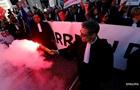 Во Франции напали на штаб-квартиру главного профсоюза страны
