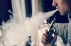 У Києві школярі потрапили до лікарні через куріння вейпів