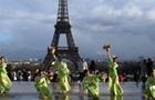В Париже и Риме отменили празднование китайского Нового года