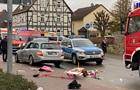 В Германии авто въехало в участников карнавала: 15 пострадавших