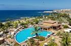 Коронавирус: на Канарах изолировали отель с тысячей туристов