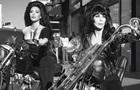 Ким Кардашьян снялась с Шер в пикантном рок-образе
