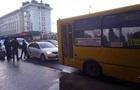 В Ровно подросток угнал маршрутку с пассажирами и катался по городу