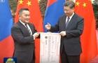 Президент Монголии в качестве поддержки подарил Китаю 30 тысяч баранов