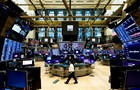 Биржи США закрылись умеренным спадом