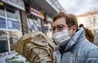 Кабмін спростував те, що банки і магазини зобов язані надавати маски