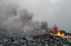 На Николаевщине вторые сутки горит свалка