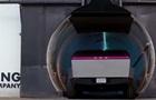 Маск проїхав на Cybertruck по підземному тунелю