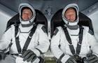 Астронавты с корабля SpaceX взошли на борт МКС