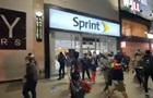 У Нью-Йорку натовпи протестувальників грабують магазини
