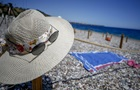 На пляжі з дезінфектором: Туреччина готується приймати туристів з України