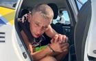 В Киеве мойщик угнал Mercedes и разбил его