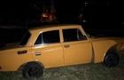 В Кривом Роге полиция со стрельбой задержала авто Москвич