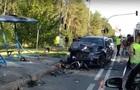 Позашляховик протаранив легковик під Києвом: троє загиблих