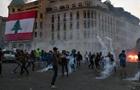 Активисты штурмуют парламент Ливана