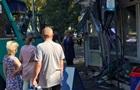 В Киеве маршрутка протаранила торговый павильон