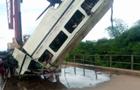 У Нігерії автобус упав в річку, 14 жертв - ЗМІ