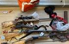 На Дніпропетровщині затримали озброєну групу