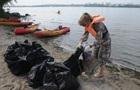 Активісти виловили з Дніпра 118 кг сміття