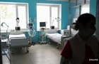 В Україні заповнені більш як половина COVID-ліжок