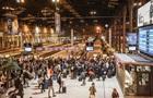 Во Франции тысячи парижан бегут из города