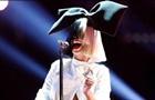 Співачку Sia зробили мультяшною дівчинкою в новому кліпі